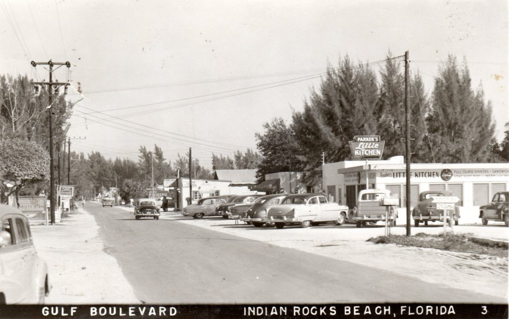 Gulf Boulevard during the 1950s, courtesy of the Indian Rocks Historical Museum.
