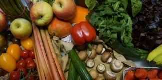 Eating Smart and Staying Healthy