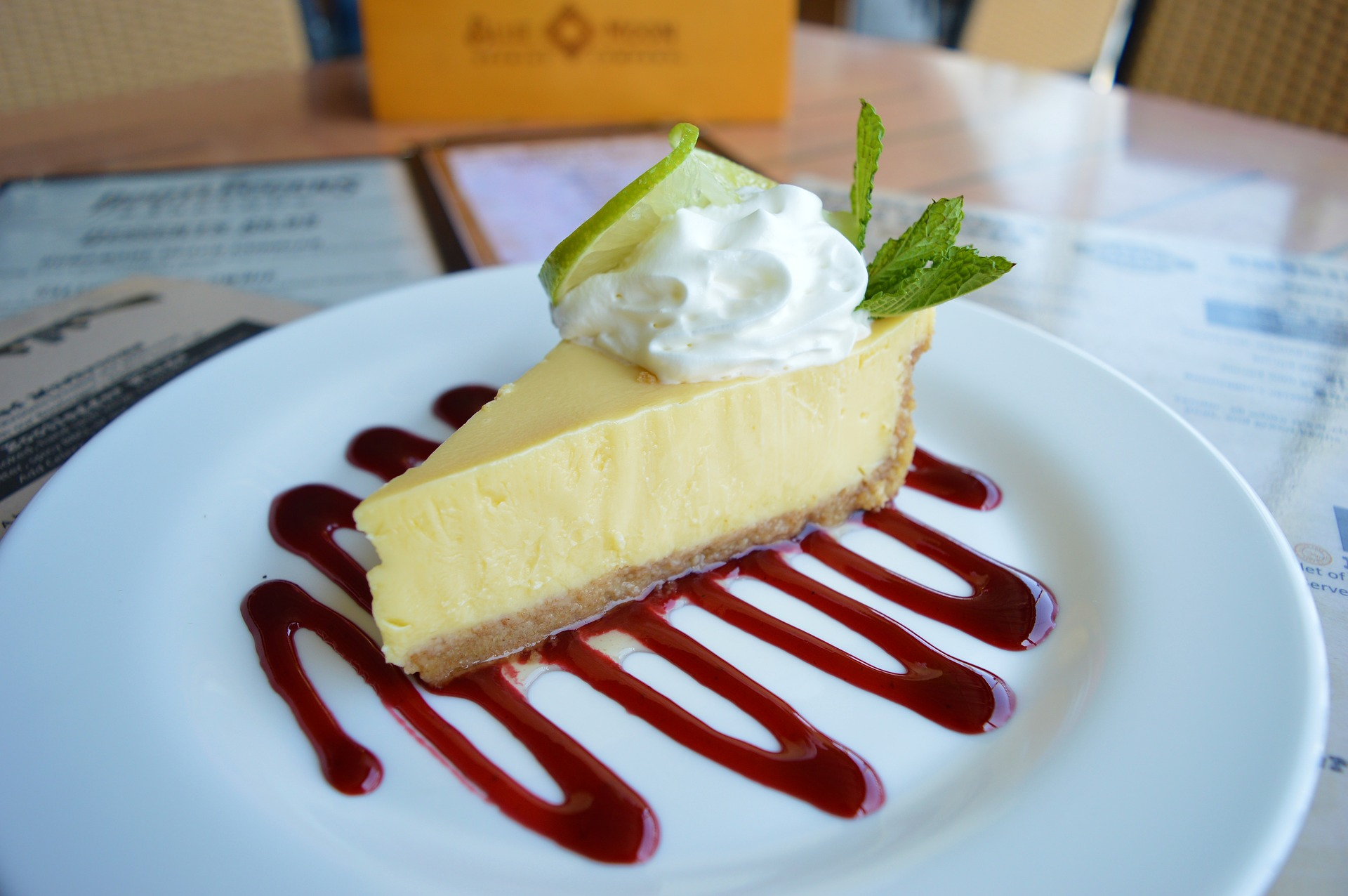 """A """"Local"""" Insider's Guide to the Perfect Key Lime Pie"""
