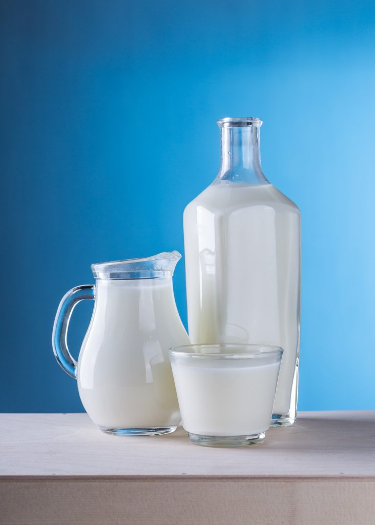 Low-fat dairy products are the best way to go while keeping your cholesterol in mind.