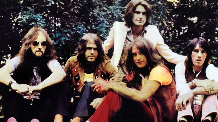 "Music Flashback: ""Lola"" by The Kinks"
