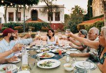 Plan a Memorable Family Reunion