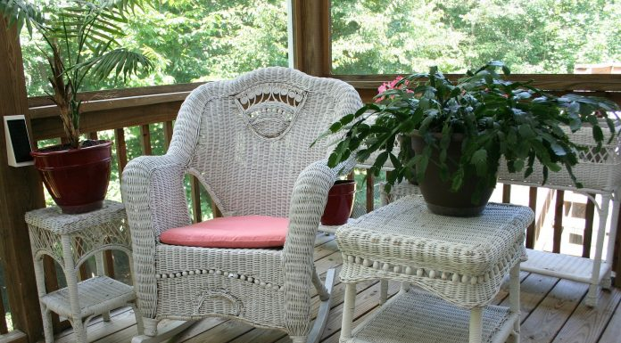 Outdoor Living: Tips on How to Stay Cool and Comfortable