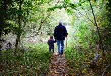 How to Celebrate Grandparents' Day with Grandkids